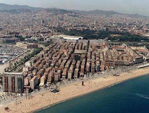 Вид на район Барселонета с высоты птичьего полёта