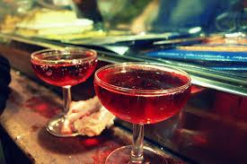 2 мартини на барной стойке