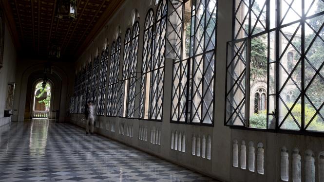 Коридор исторического кампуса Университета Барселоны