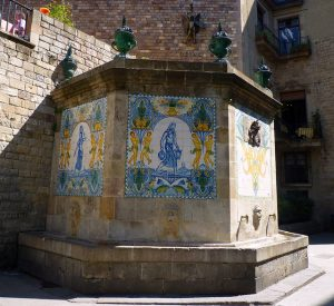 архитектурная памятка с мозаикой