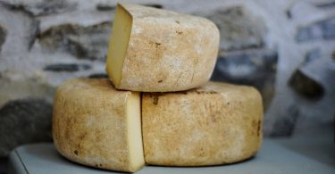 три куска сыра