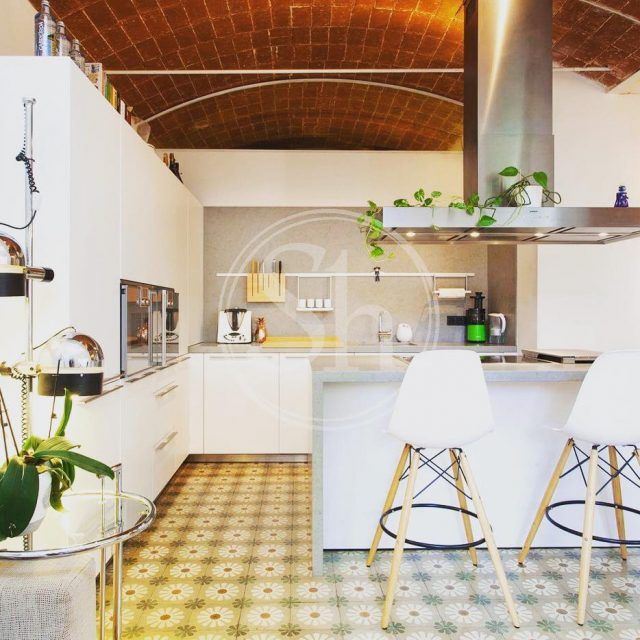 The only thing missing in this kitchen is you andhellip