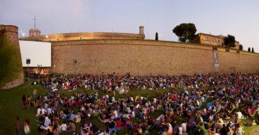 Sala Montjuic, кино на открытом воздухе в Барселоне
