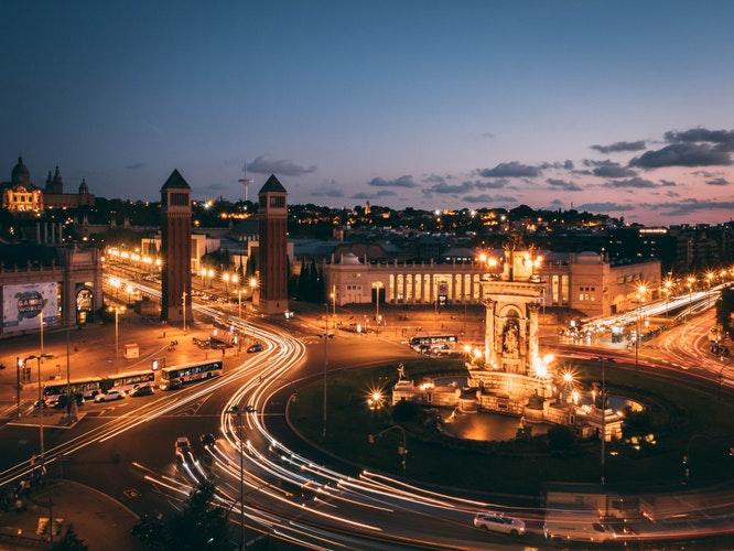 Уровень загрязнения воздуха в разных районах Барселоны