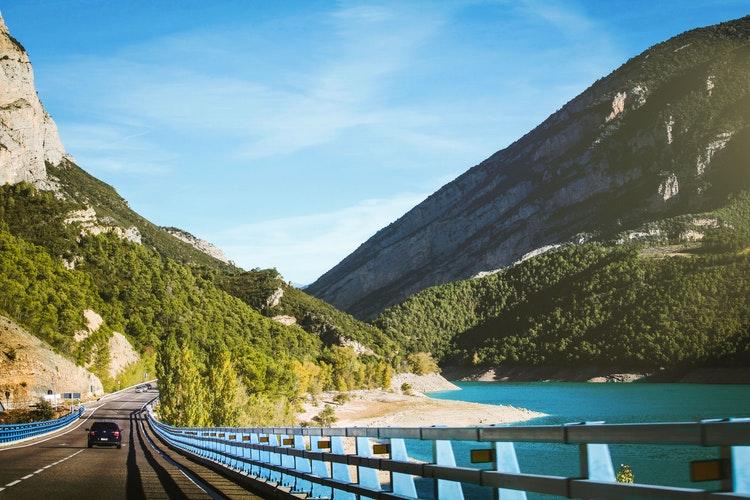 Куда можно отправиться в декабрьский «puente»