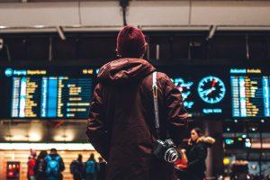 общественный транспорт, аэропорт Барселоны, поезд, метро, автобус
