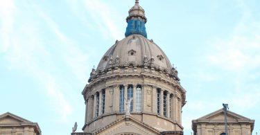 купол Национального музея искусств Каталонии
