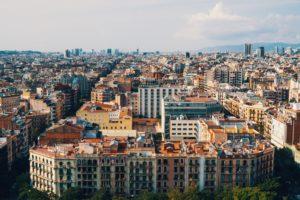 вид на жилые дома в Барселоне