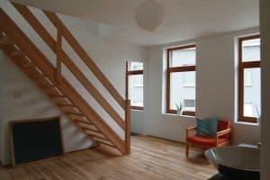 лестница в интерьере в скандинавском стиле