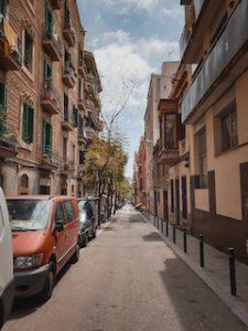 вид на улицу Барселоны