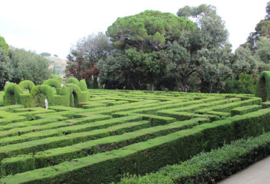 лабиринт в парке Орта-Гинардо