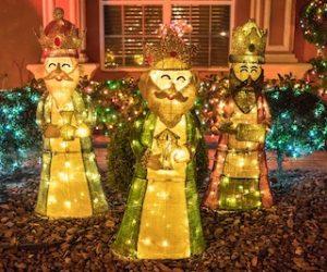 три фигурки Королей Магов